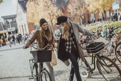 Dwie trzecie rowerzyst�w to kierowcy samochod�w