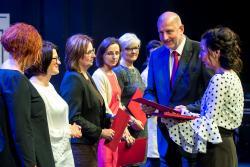 Nagrody dla nauczycieli zokazji Dnia Edukacji Narodowej