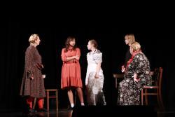 Sześć wydarzeń teatralnych wMDK